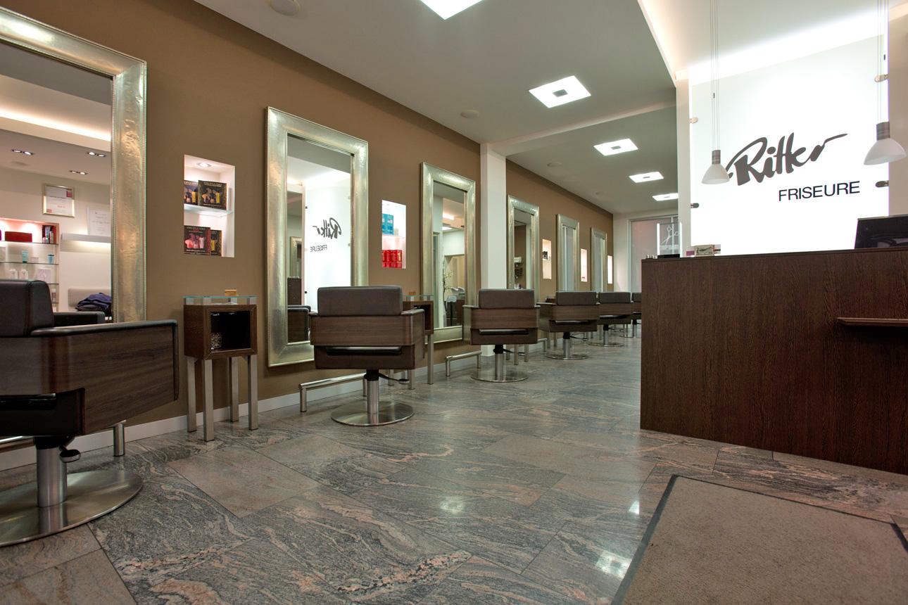 Ritter Friseure: Eingangsbereich / Damen